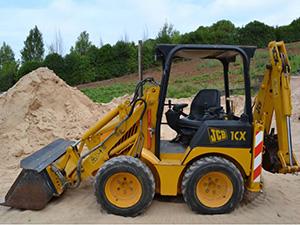 Mini Retro-Escavadora JCB1CX